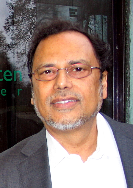 Dipesh Chakrabarty in 2012, in [[Herrenhausen