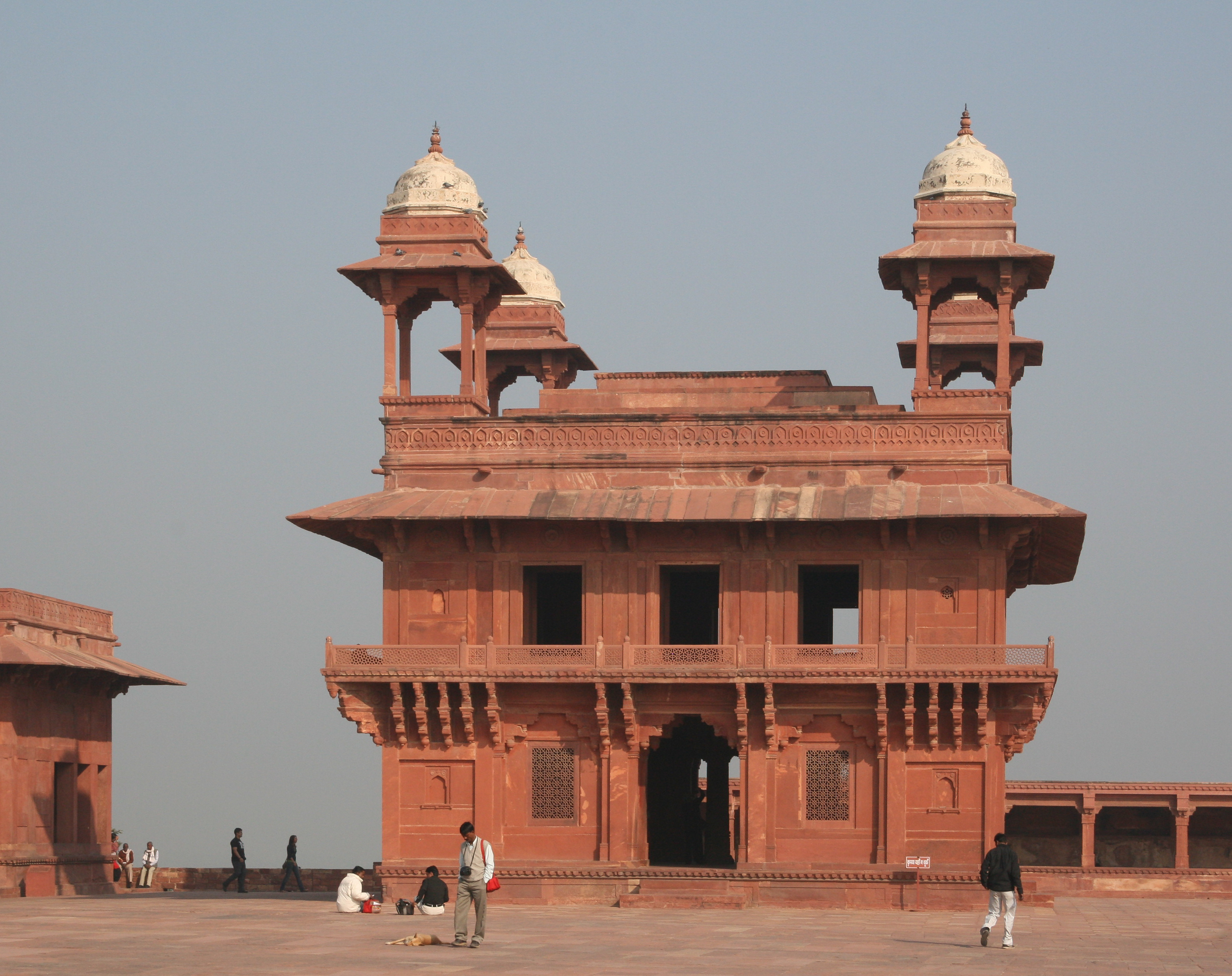 Fatehpur Sikri India  city photos : Diwan i Khas Fatehpur Fatehpur Sikri India0013 Wikimedia ...