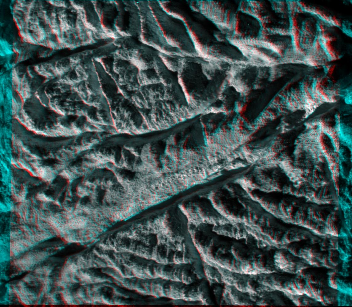 Enceladus (moon).jpg