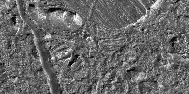 Ficheiro:Europa chaotic terrain.jpg