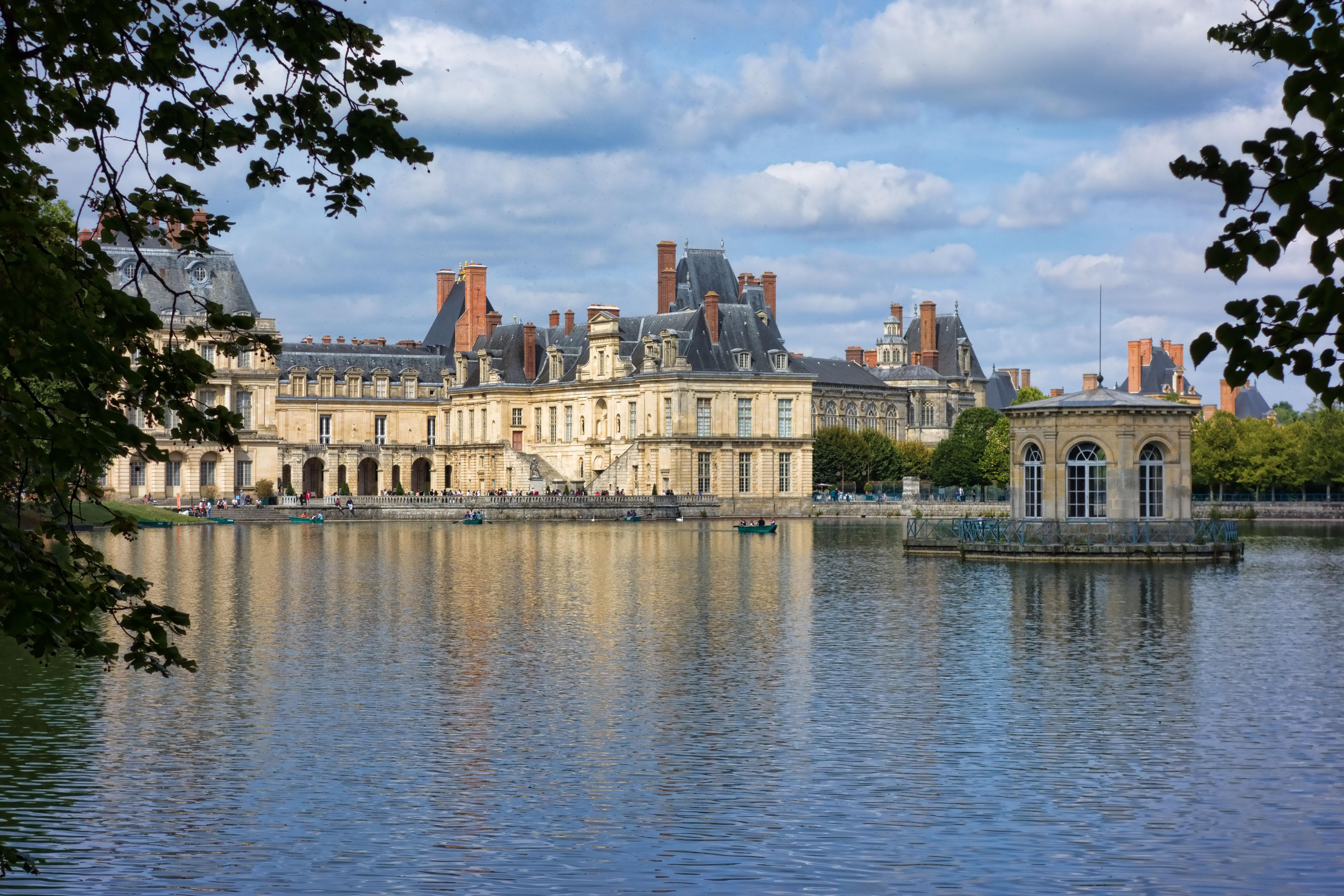 Fontainebleau wikiwand for Le jardin de la france