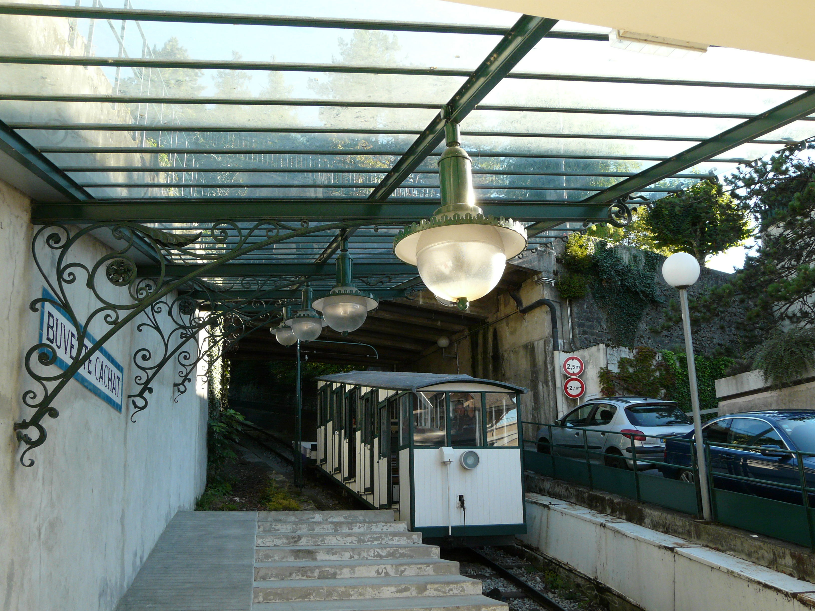 File funiculaire wikimedia commons for Piscine d evian