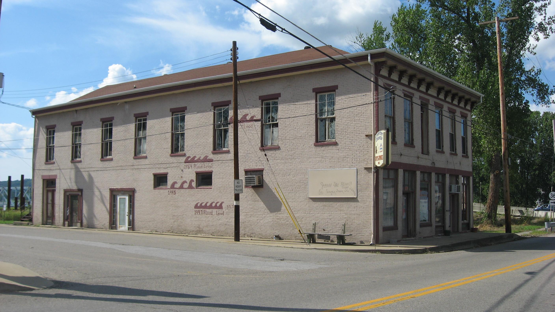 File:Ginnu0027s Furniture Store In Milton