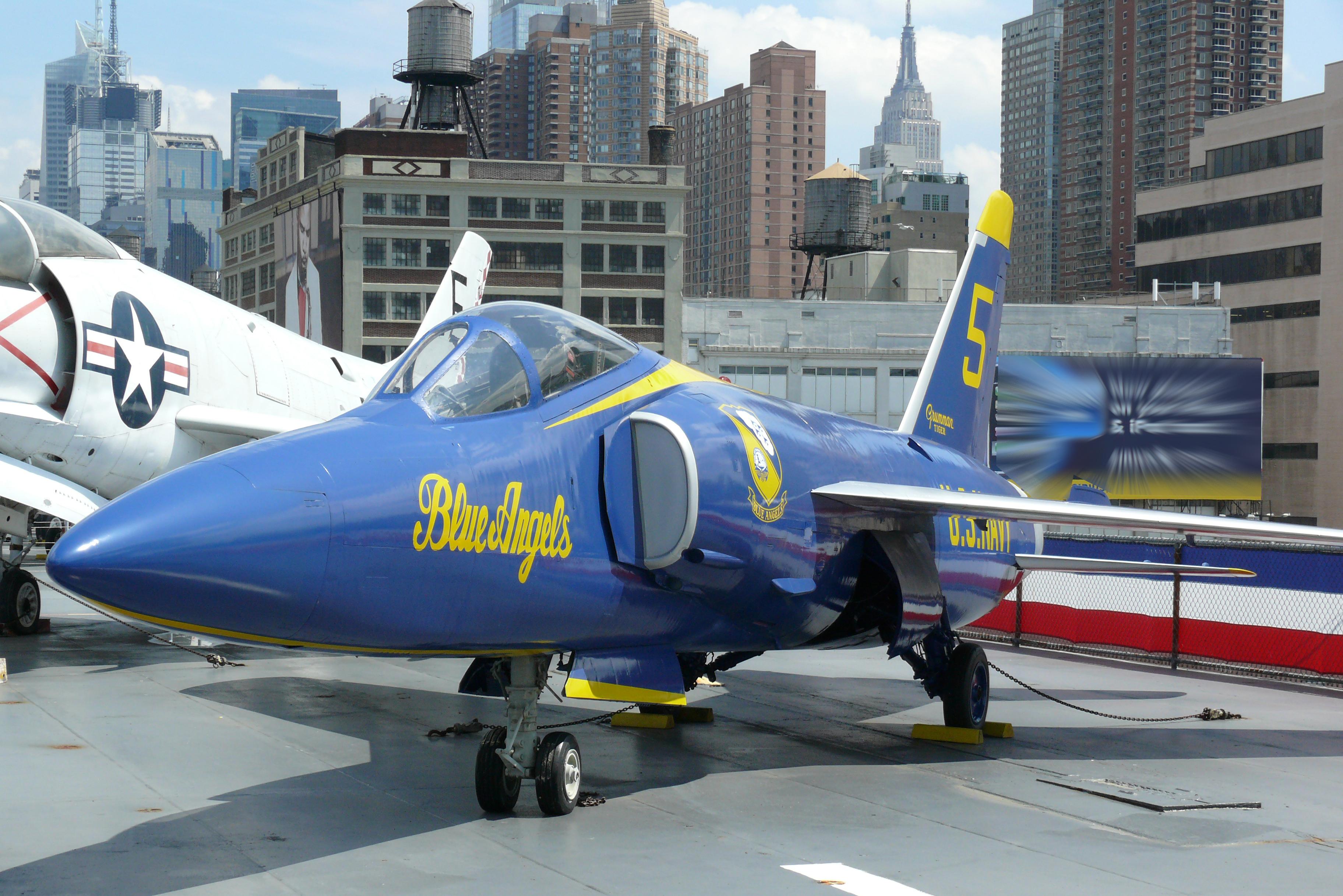 File:Grumman F-11F Blue Angel.jpg - Wikimedia Commons