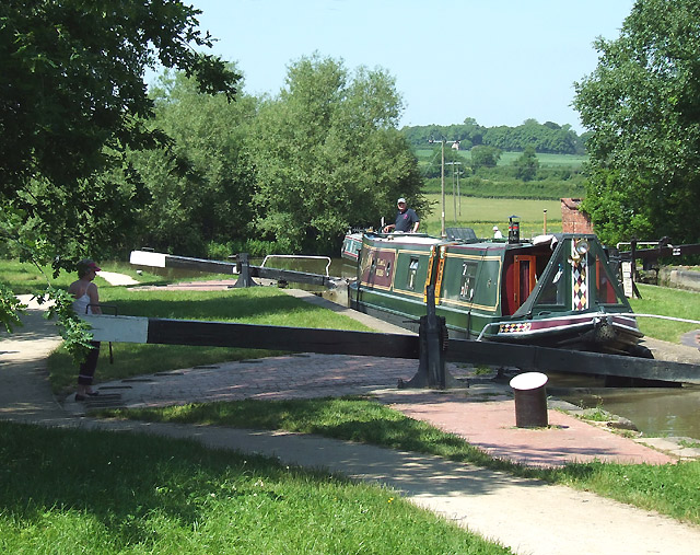 Hillmorton Locks, Rugby, Warwickshire - geograph.org.uk - 987678