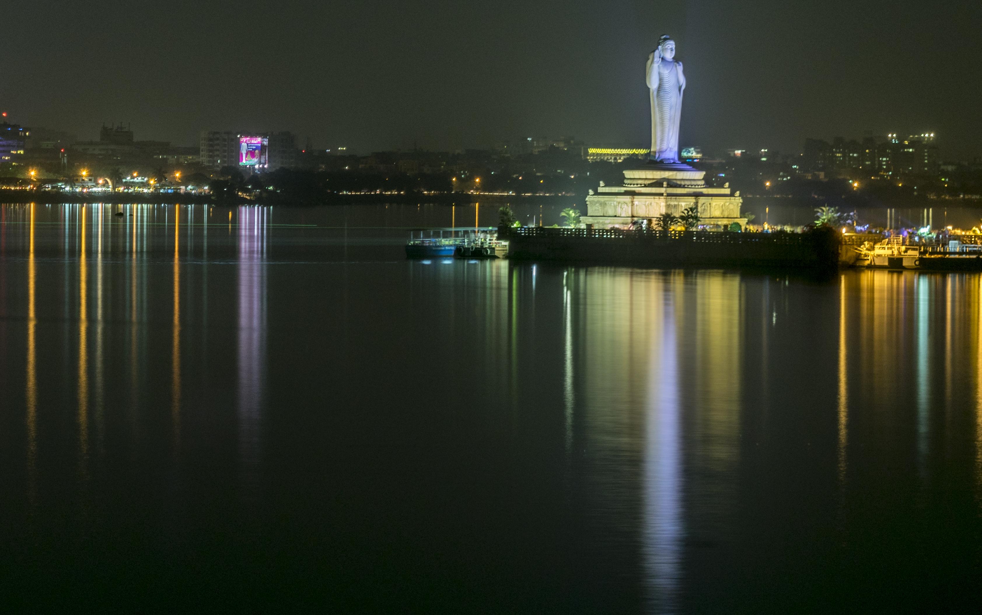 Gautama Buddha statue in Hussain Sagar Lake