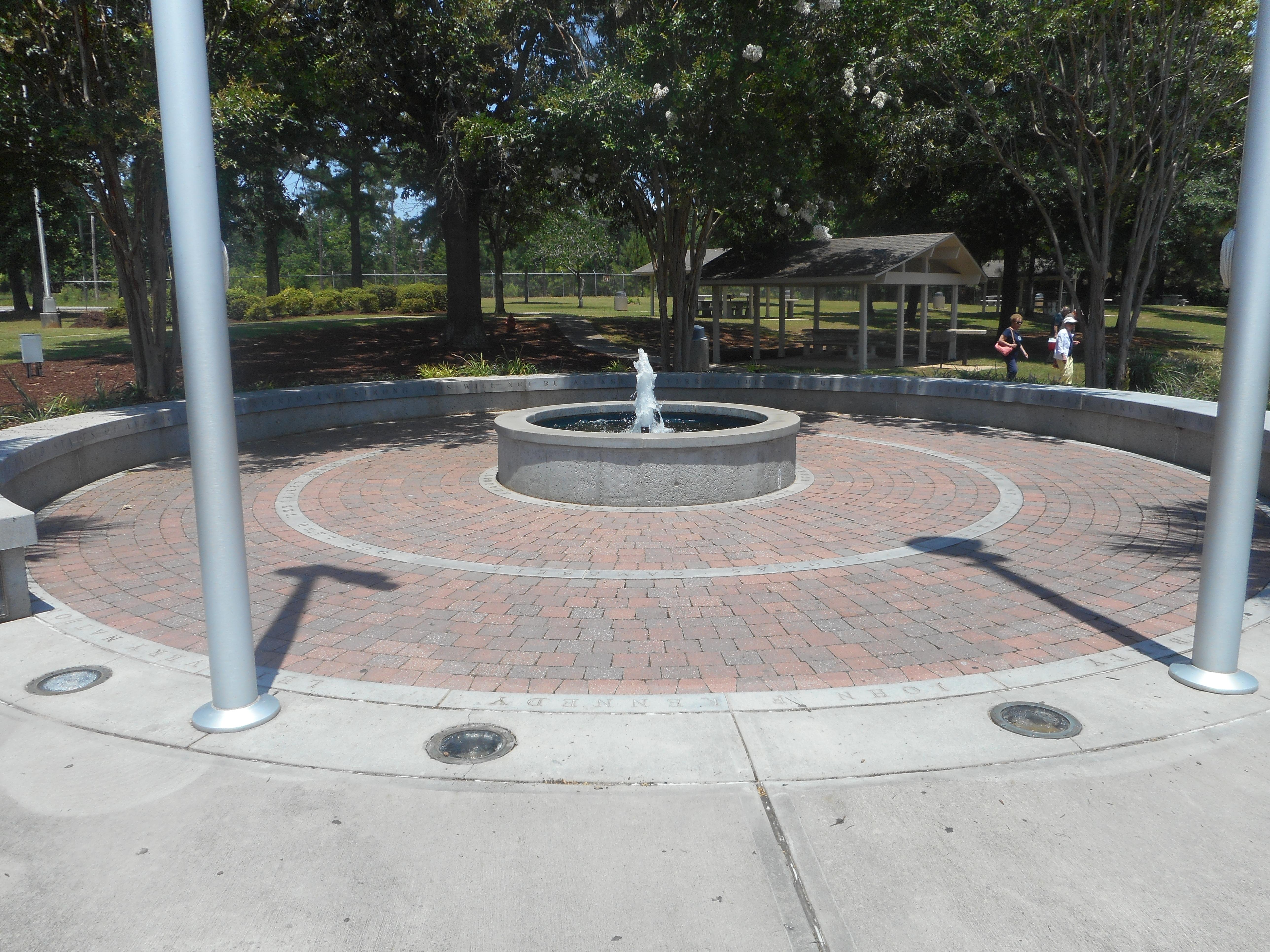 filei 95 sb santee sc sb rest area liberty garden - Liberty Garden