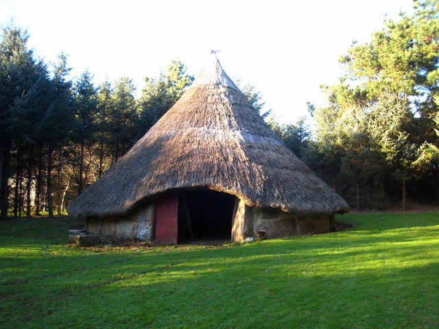 Iron Age roundhouse reconstruction - geograph.org.uk - 1617159