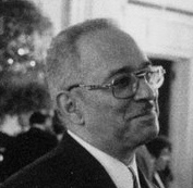 Jeremiah Wright ClintonWhitehouse crop.jpg