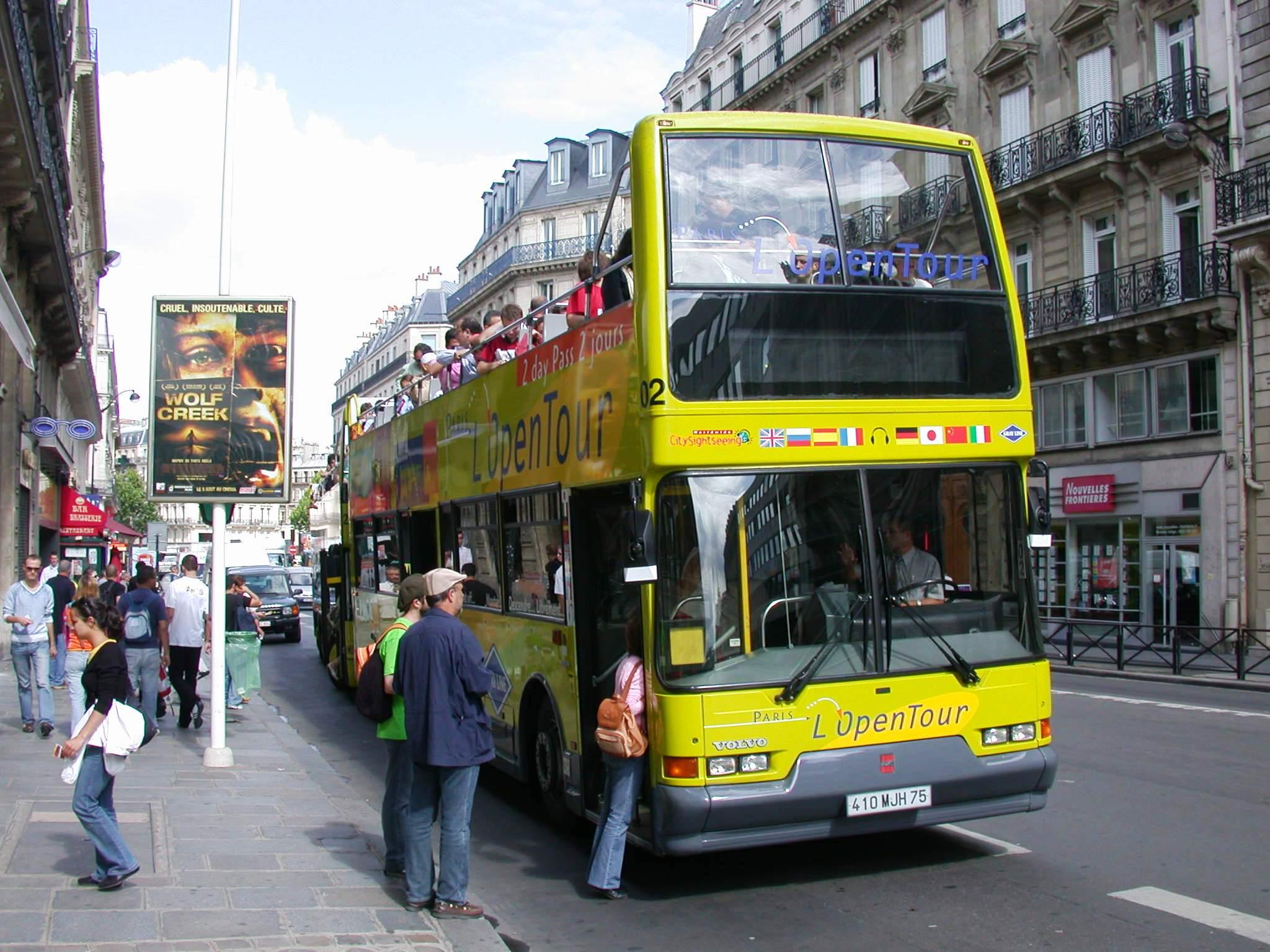 File l 39 open tour bus paris france jpg wikimedia commons - Bus 351 paris ...