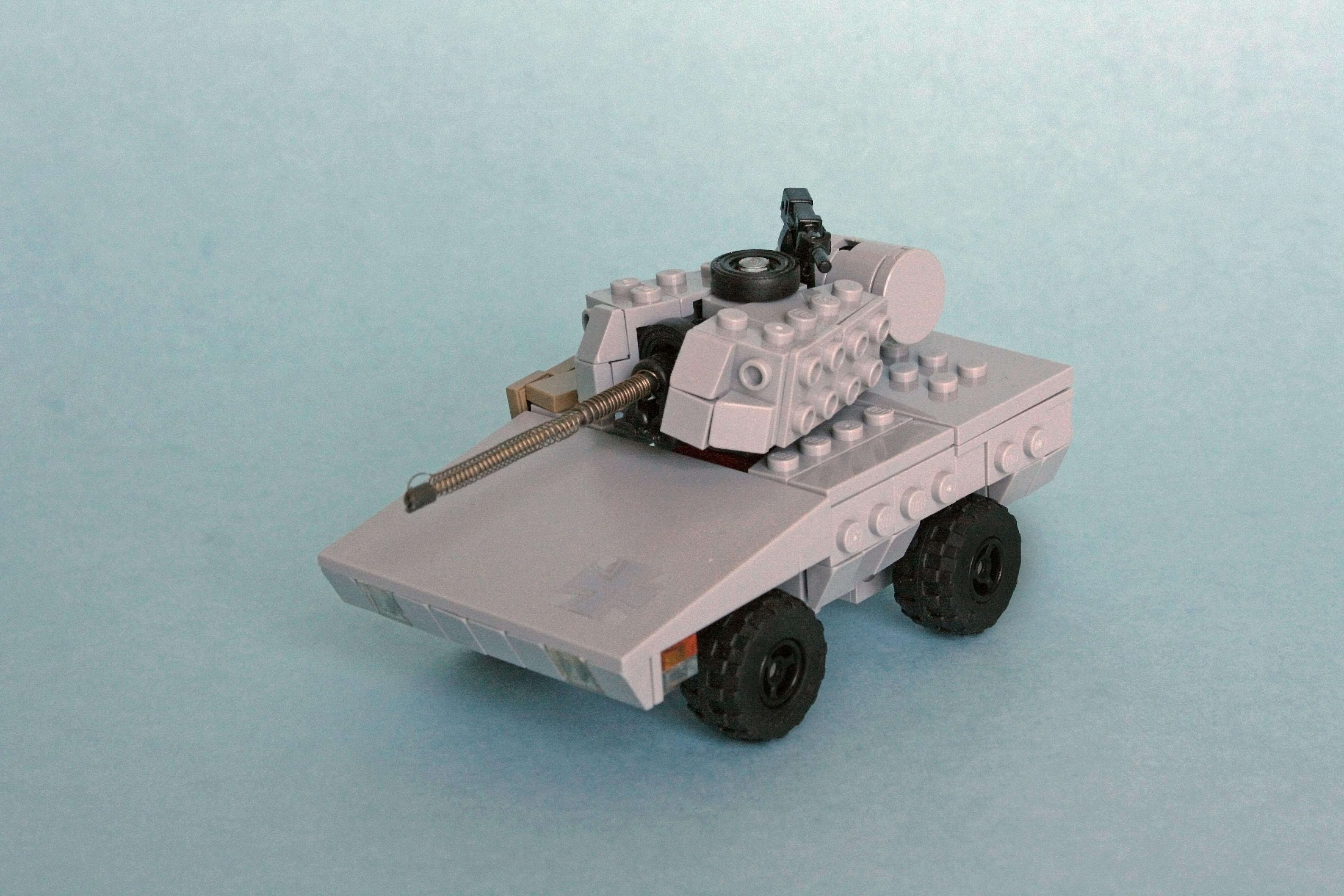 Как сделать из лего танк на колёсах