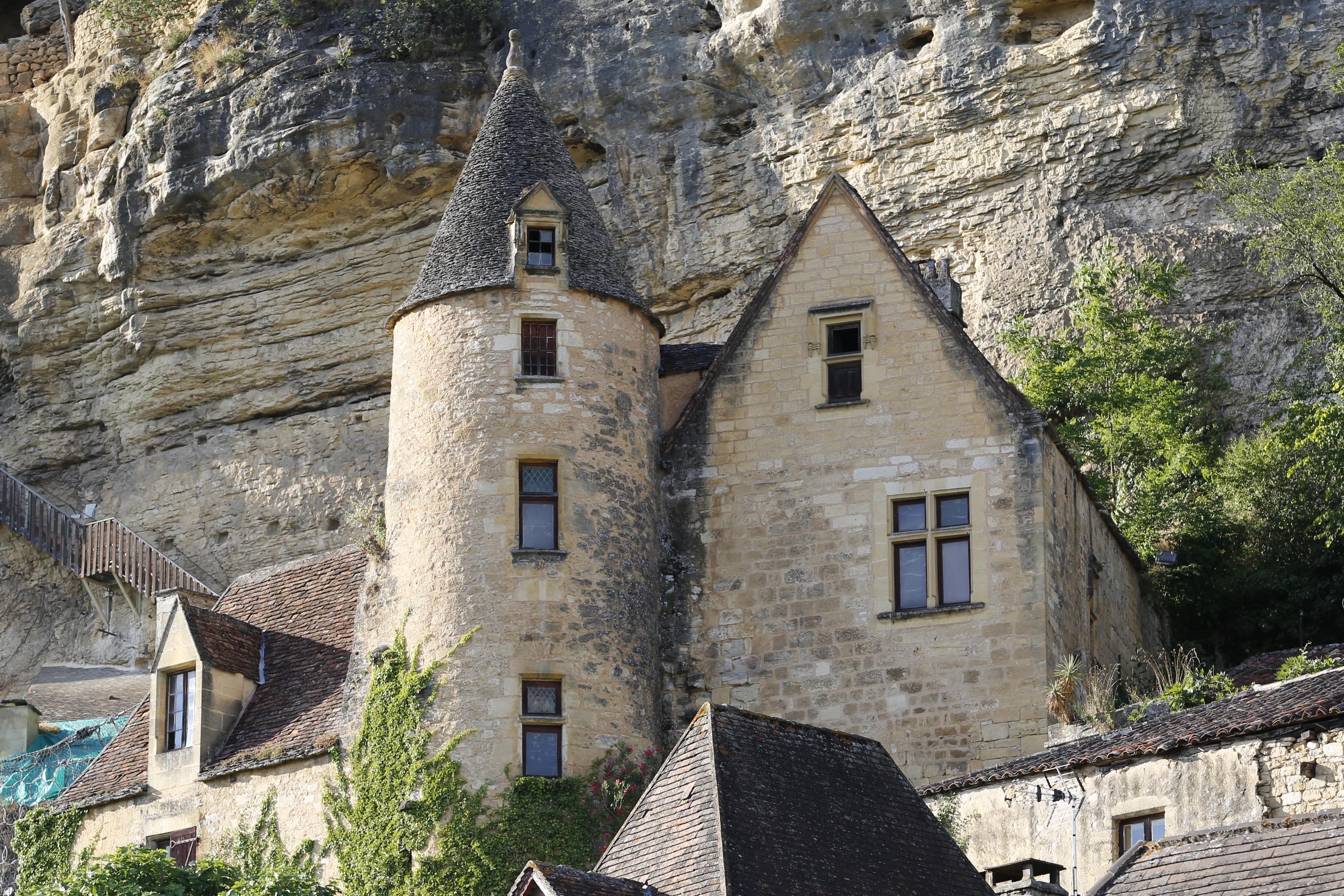 File la roque gageac ch teau de tarde 20130729 01 jpg for Chateau la roque