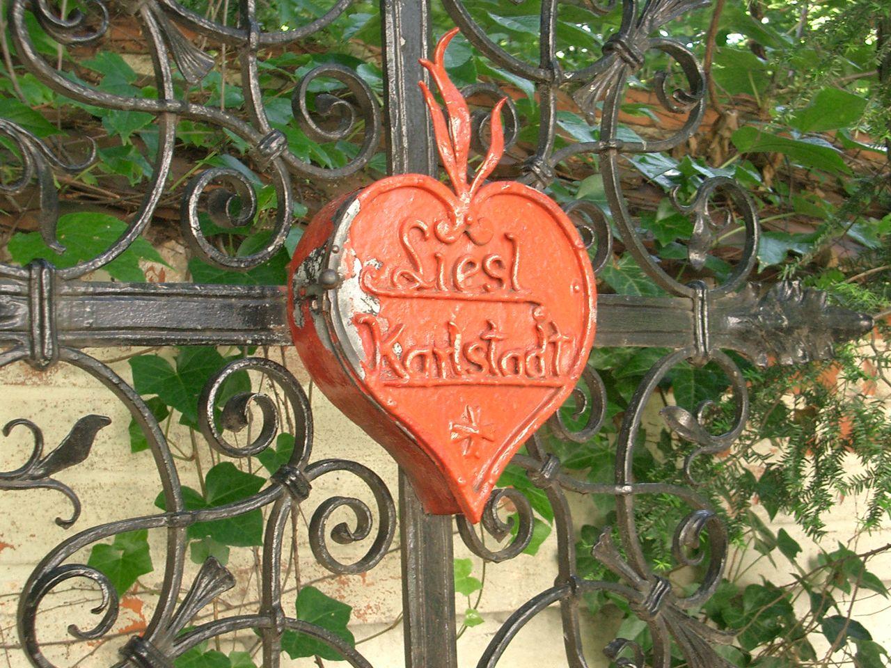 Grab von Liesl Karlstadt