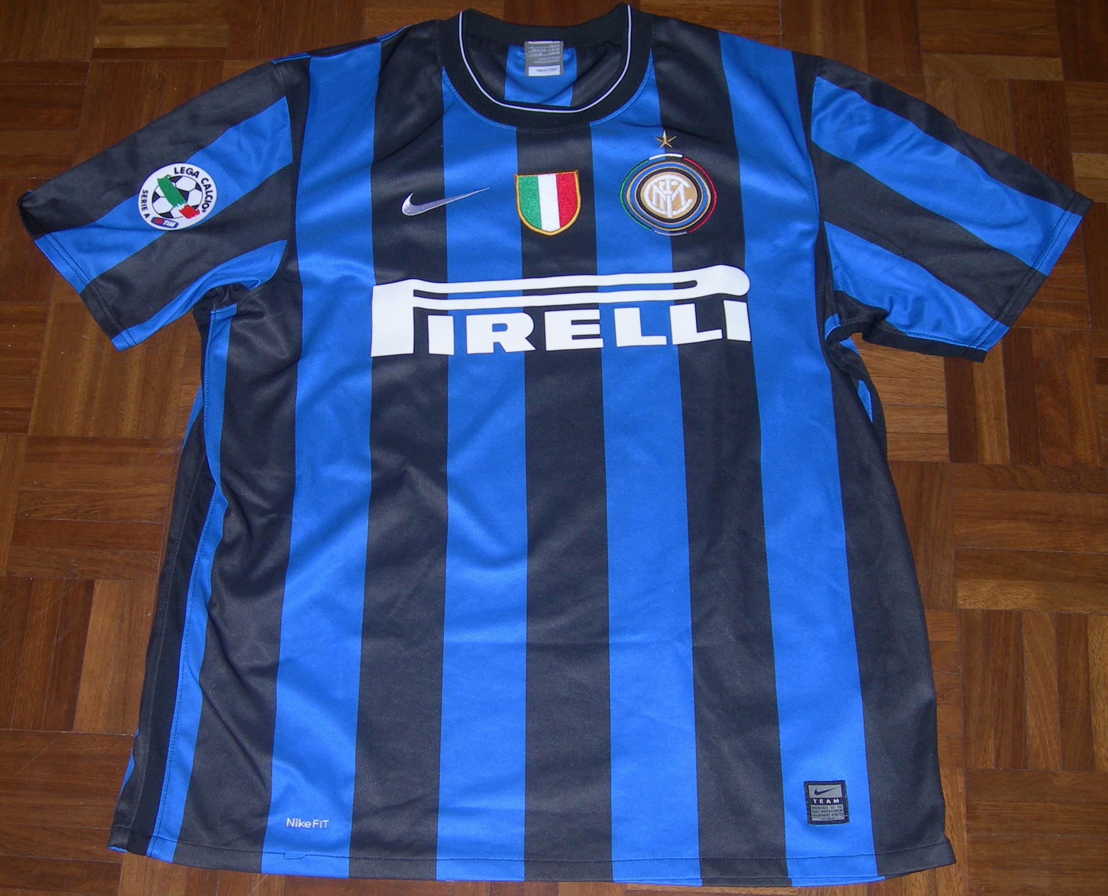 online store da414 99adf File:Maglia Inter 2009-2010.jpg - Wikipedia