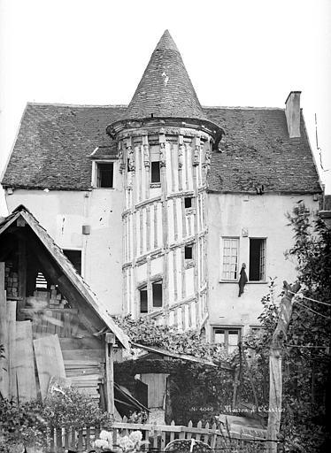 File maison de la reine berthe mieusement avant 1893 35 for Maison de l emploi chartres