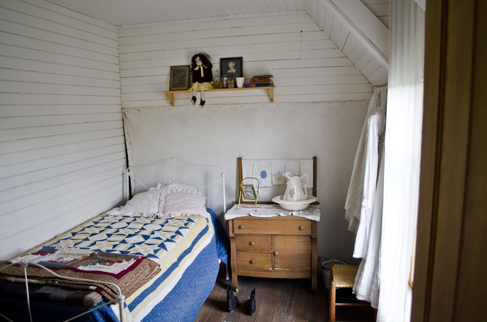 File Oldest Child Bedroom 001 Second Floor Tinsley Living Farm Museum O