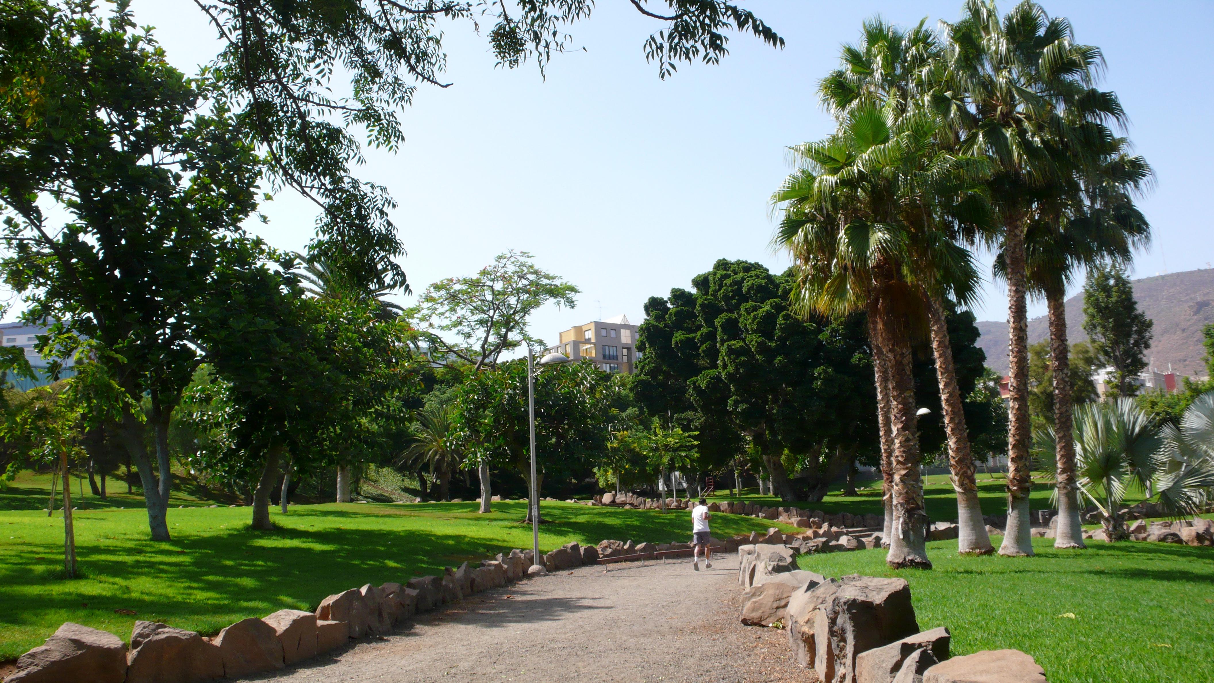 File parque la granja jpg wikimedia commons - Parques infantiles en santa cruz de tenerife ...