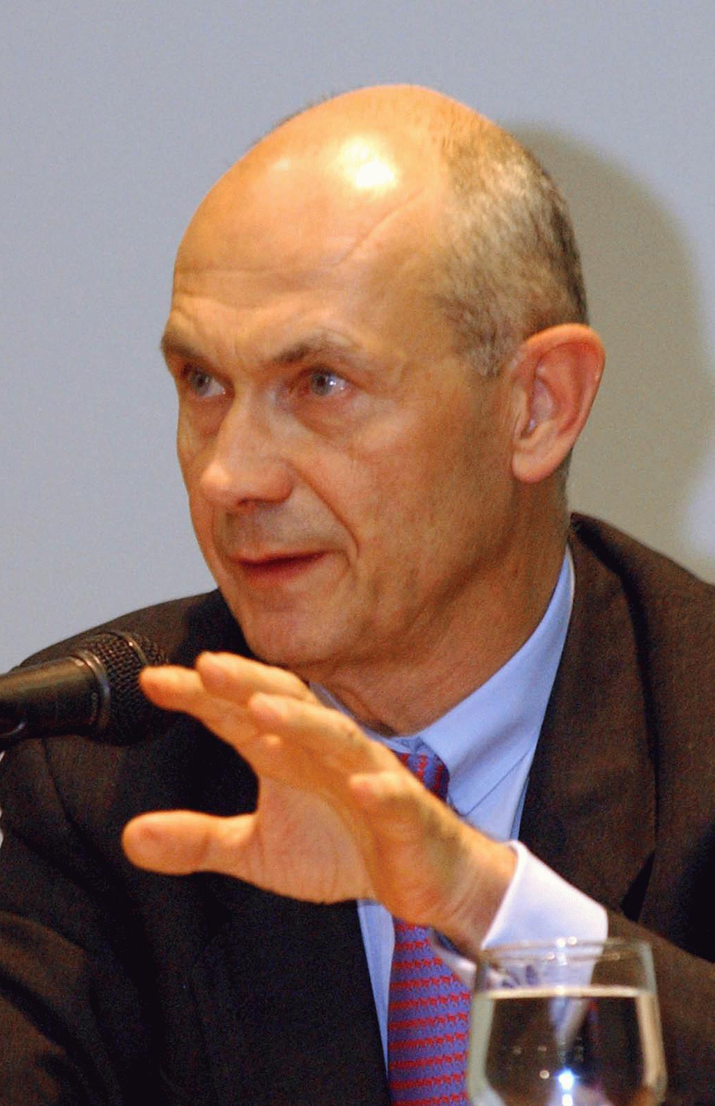Pascal lamy wikipedia for Dujardin hec