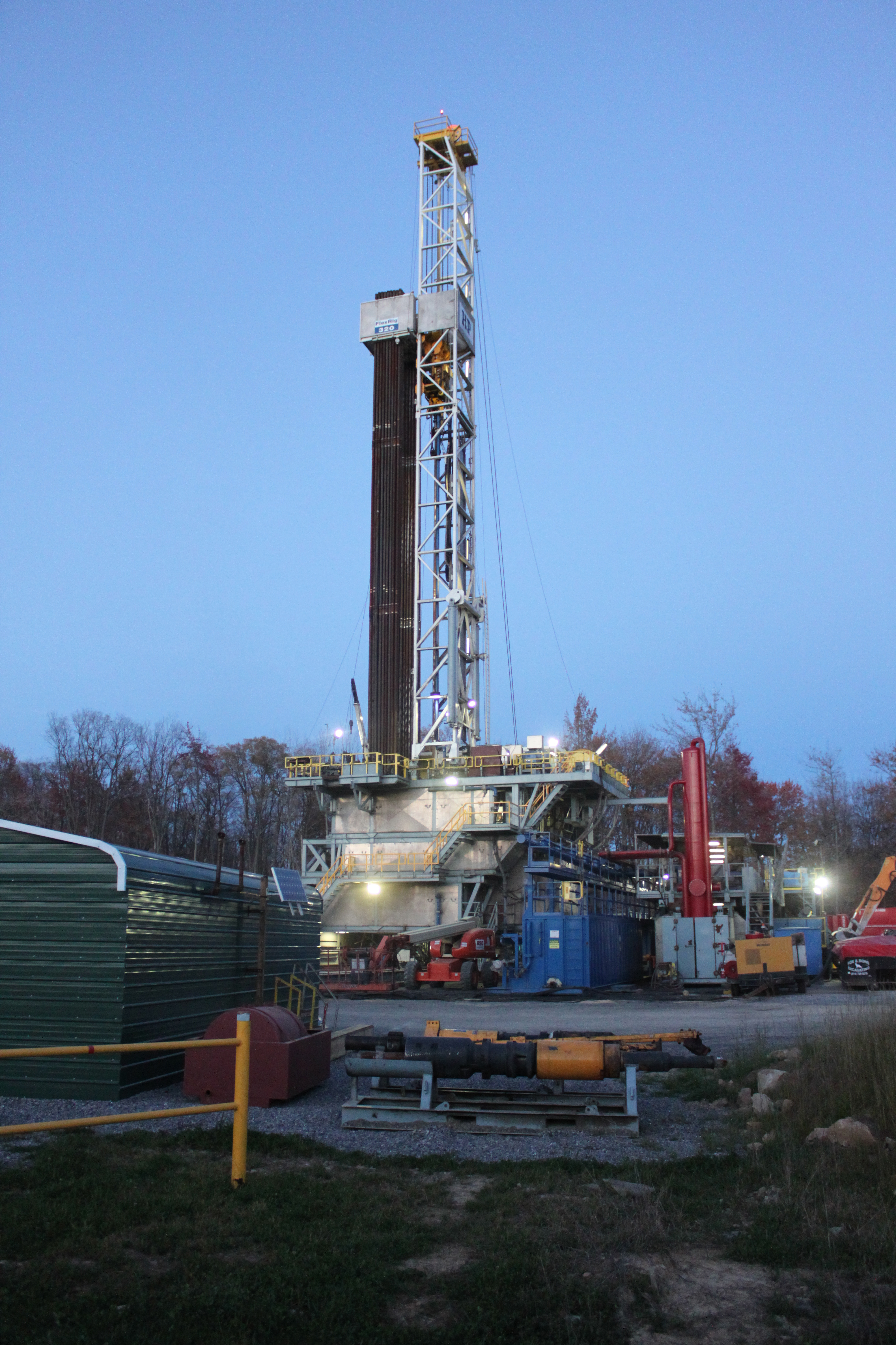 dating oil rigs A drilling rig is a machine that creates  or rotary drilling has its origins dating back to the ancient  and equipment as the oil drilling rigs,.