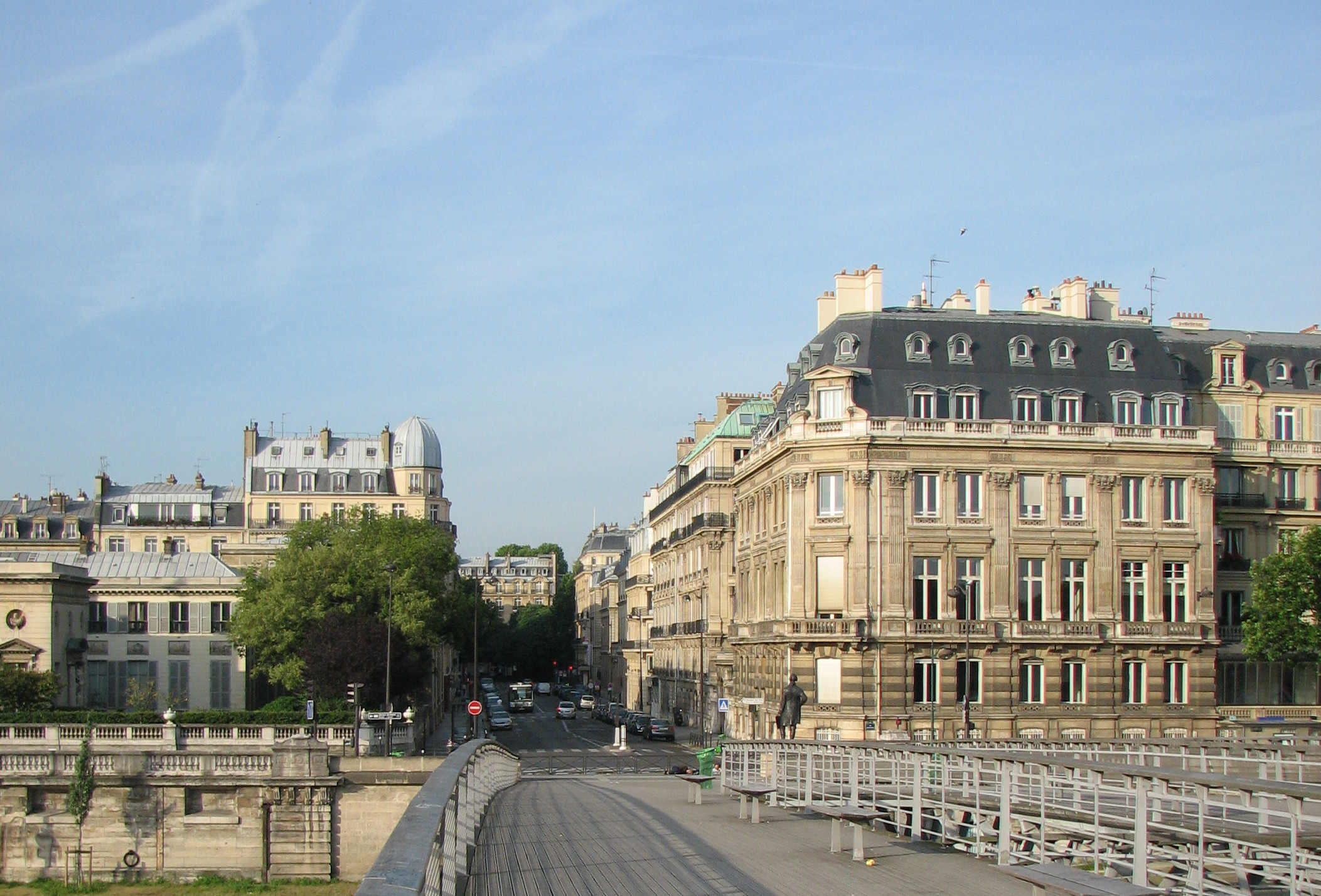 File Rue de Solférino vue depuis la passerelle Léopold Sédar Senghor