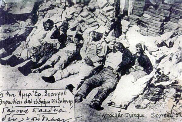 https://upload.wikimedia.org/wikipedia/commons/d/d5/Smyrna-massacre_greeks-killed_line.jpg