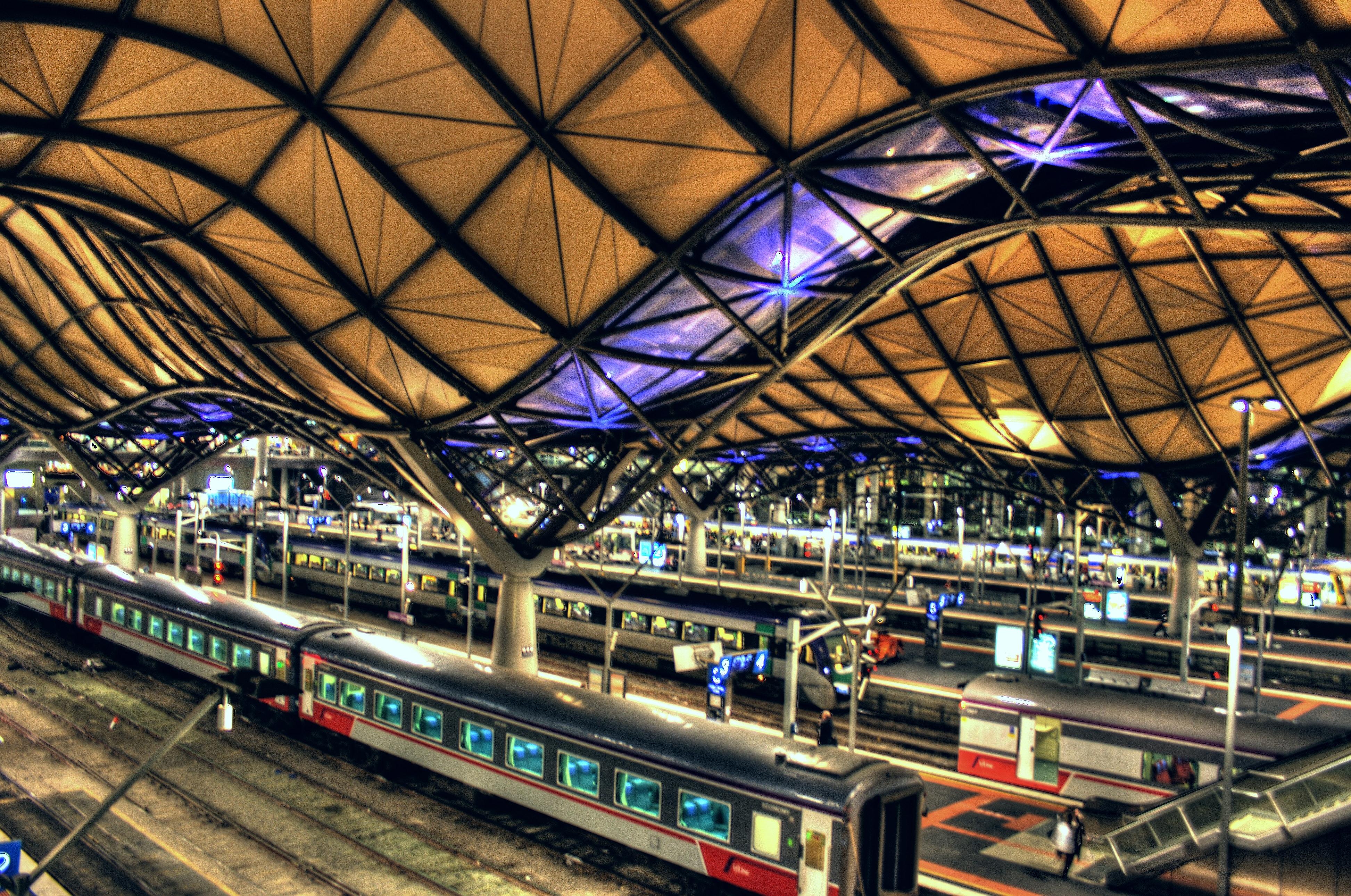 Kết quả hình ảnh cho southern cross station