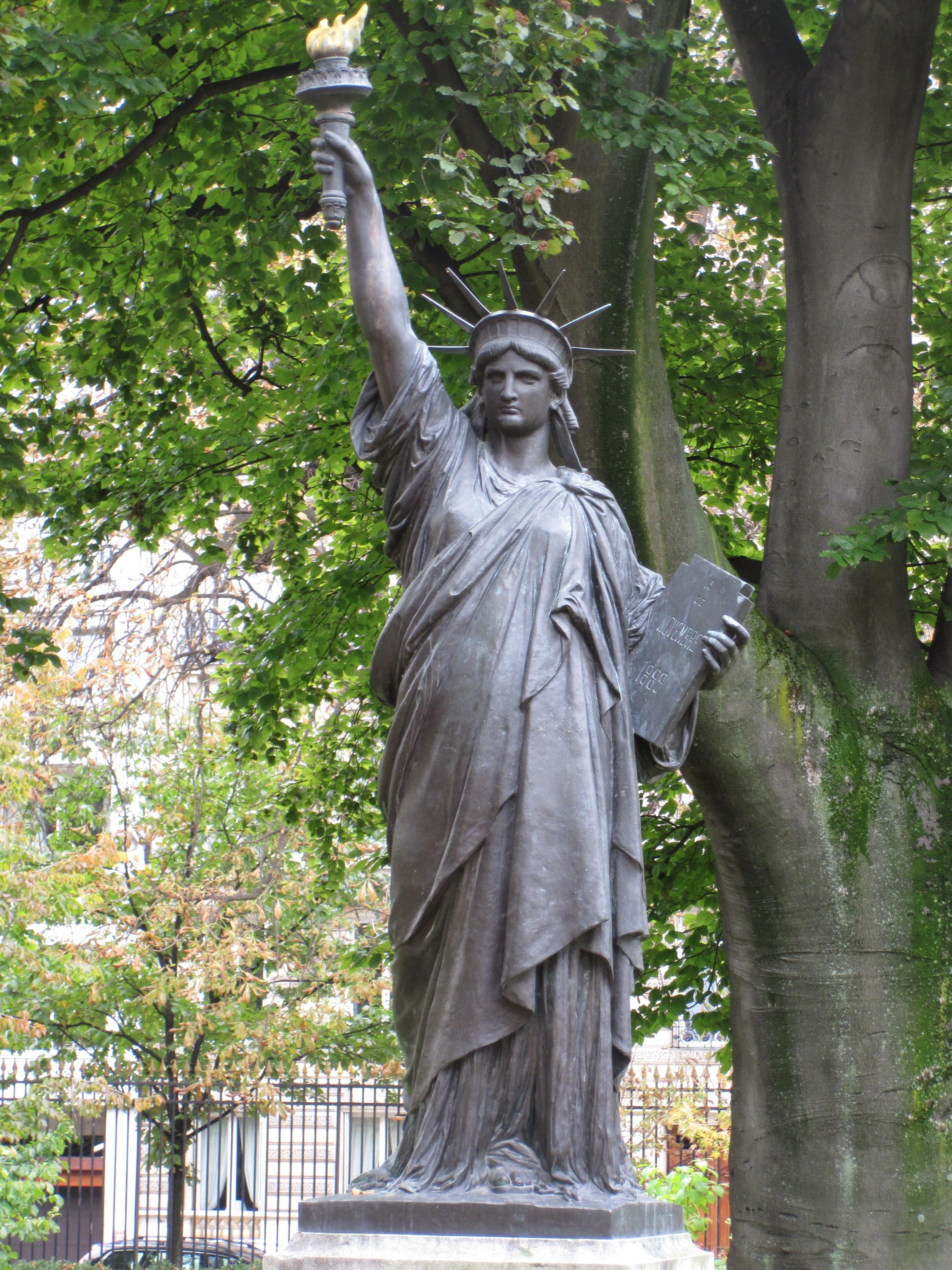 File statue of liberty parisjardinduluxembourg jpg - Jardin du luxembourg statue of liberty ...