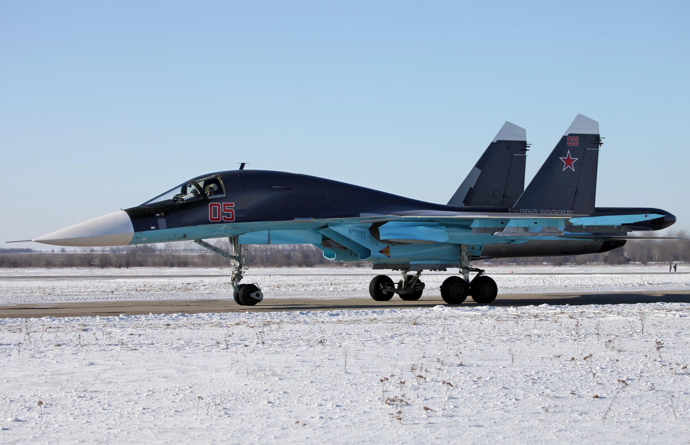 Libero Sfogo - Pagina 4 Sukhoi_Su-34_in_2012_%282%29