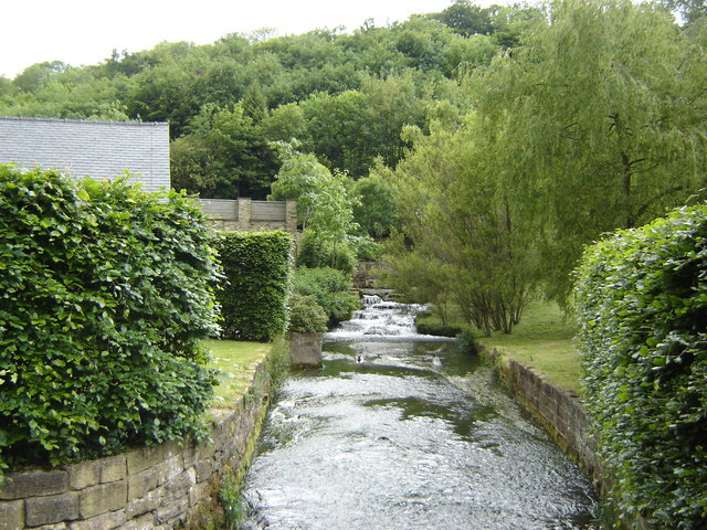 Thornton Beck behind Thornton Mill - geograph.org.uk - 1350758