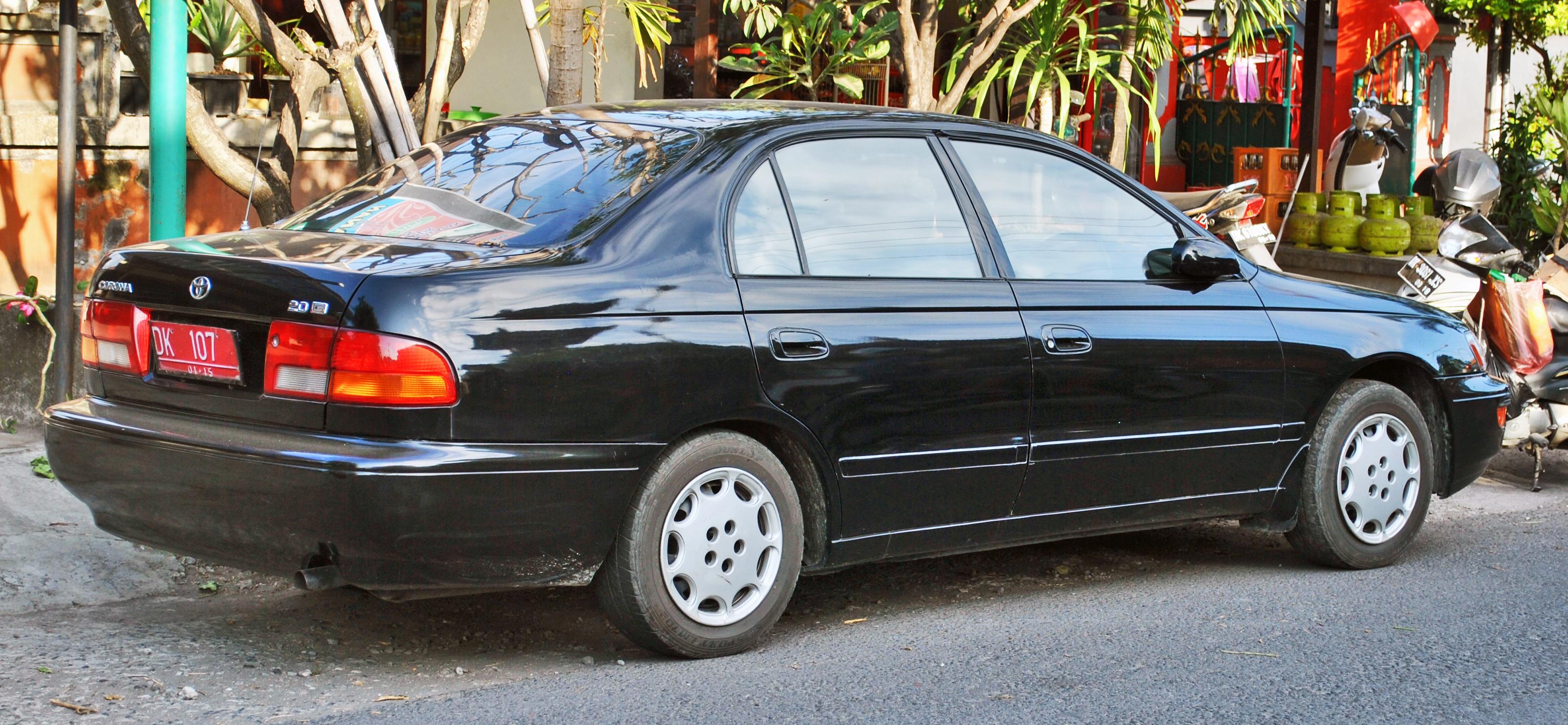 Toyota corona wikipedia autos post for Honda corona service