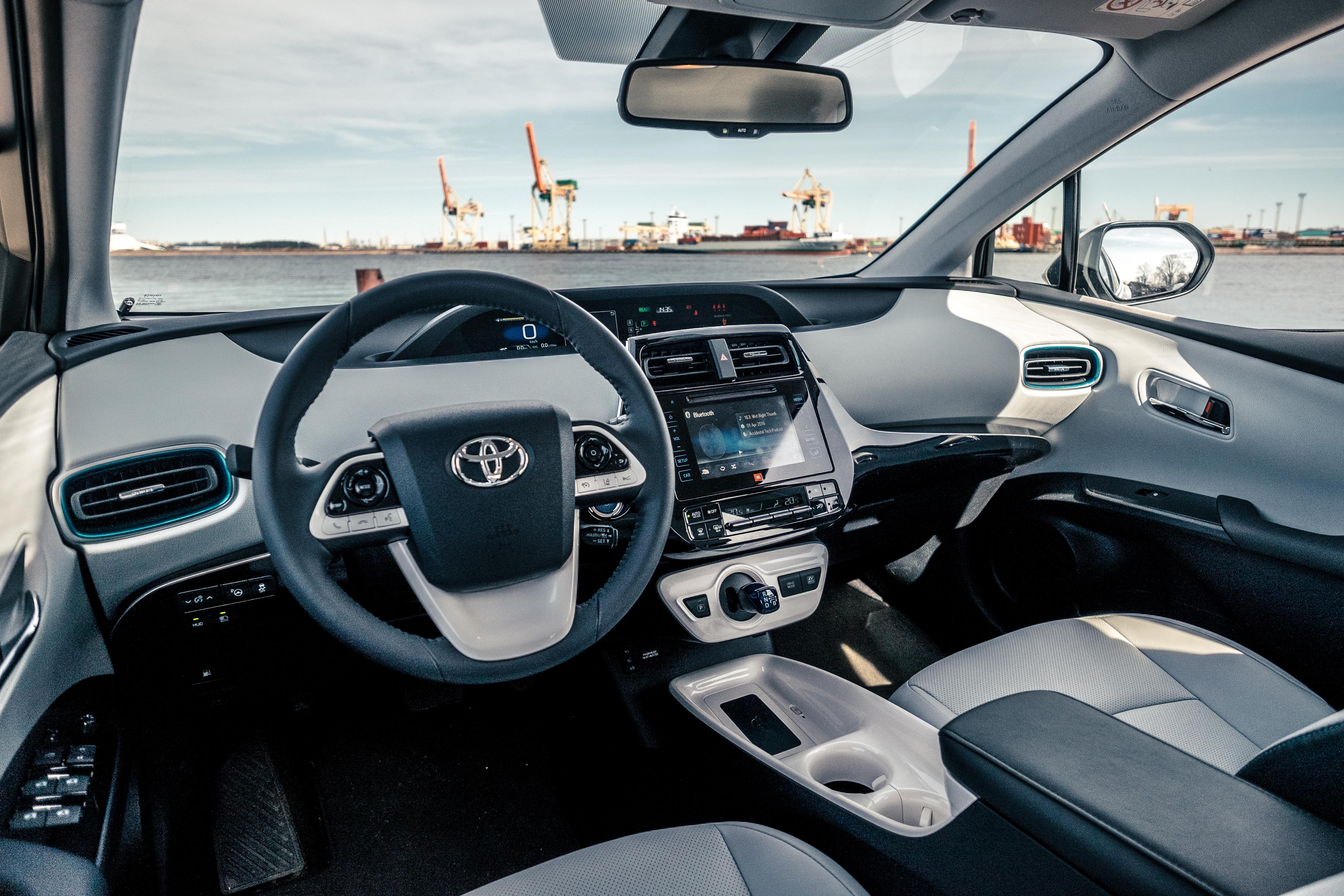 File Toyota Prius 2016 Interior 2 Jpg