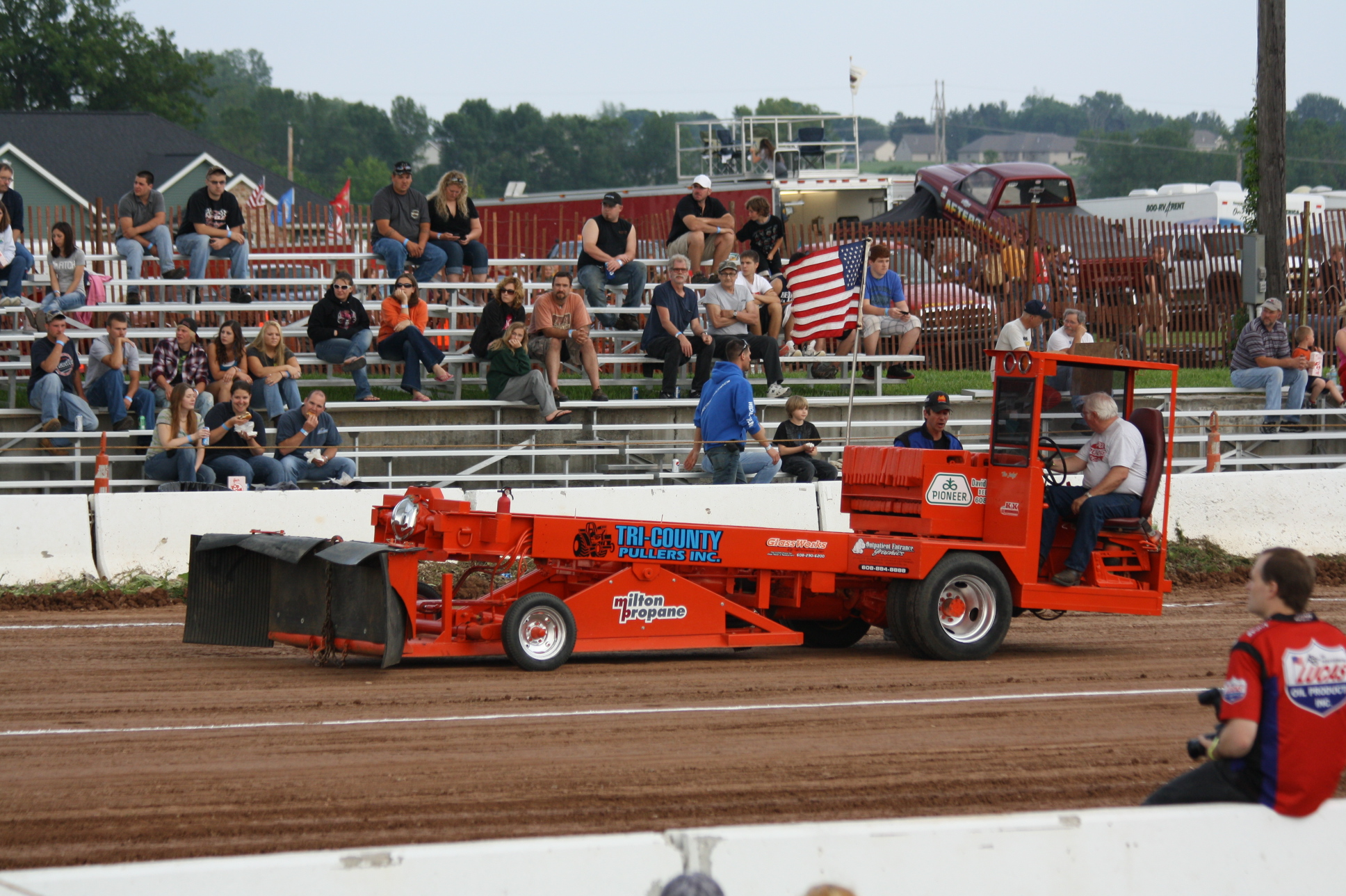 File:Truck And Tractor Pull Sled 2011 Mackville Nationals