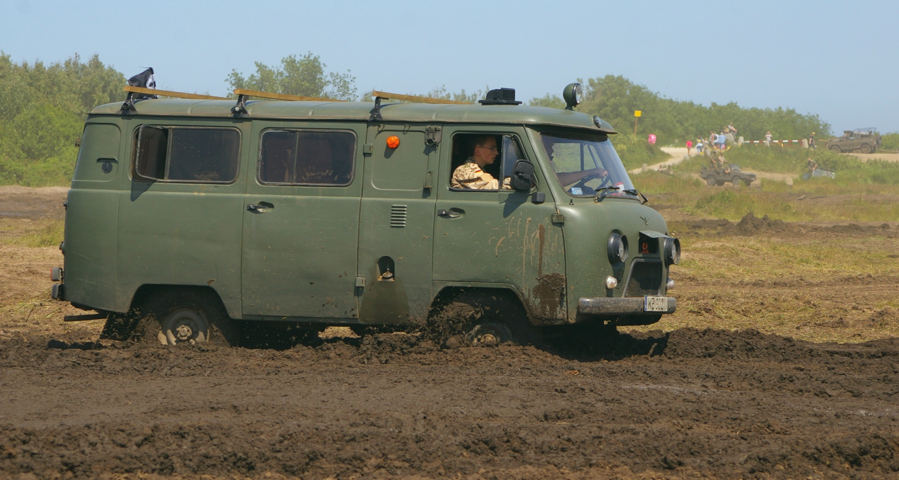 UAZ-452 (Loaf): photos and descriptions, specifications, dimensions 21