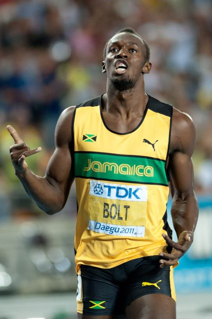 English: Usain Bolt during 200 m final - 2011 ...