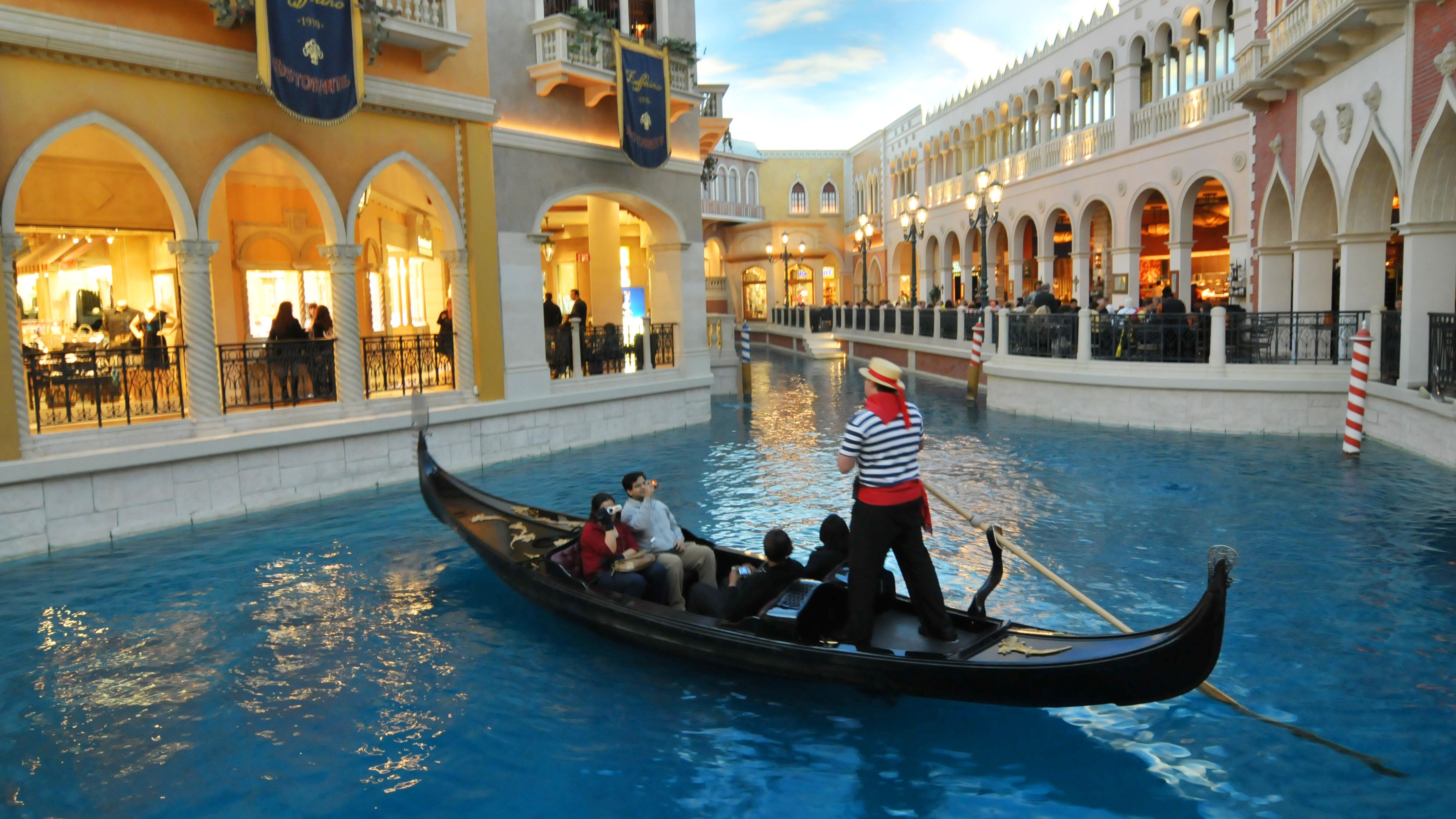 """Результат пошуку зображень за запитом """"venetian hotel las vegas"""""""
