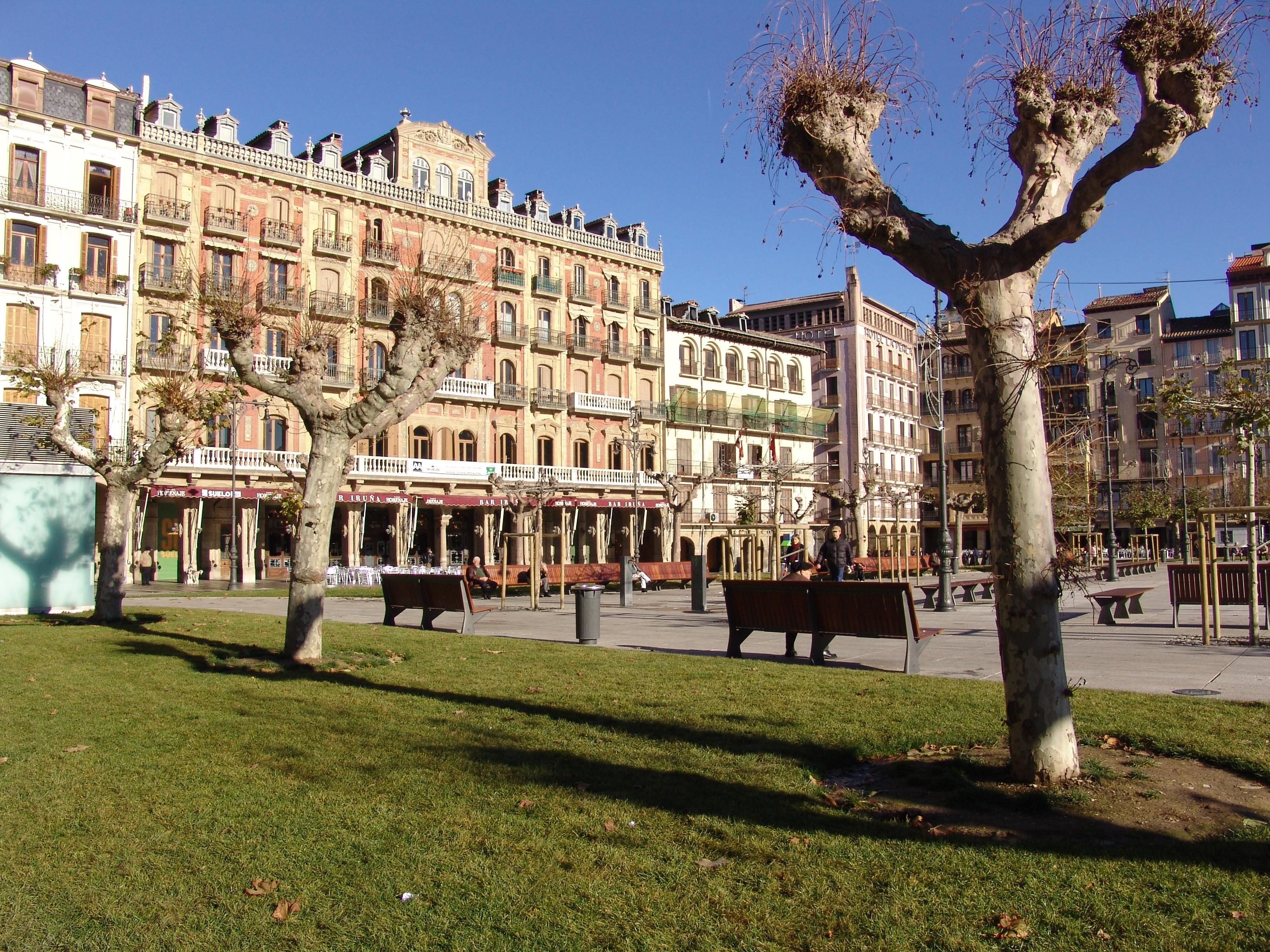 Plaza Del Castillo Pamplona Wikipedia La Enciclopedia Libre