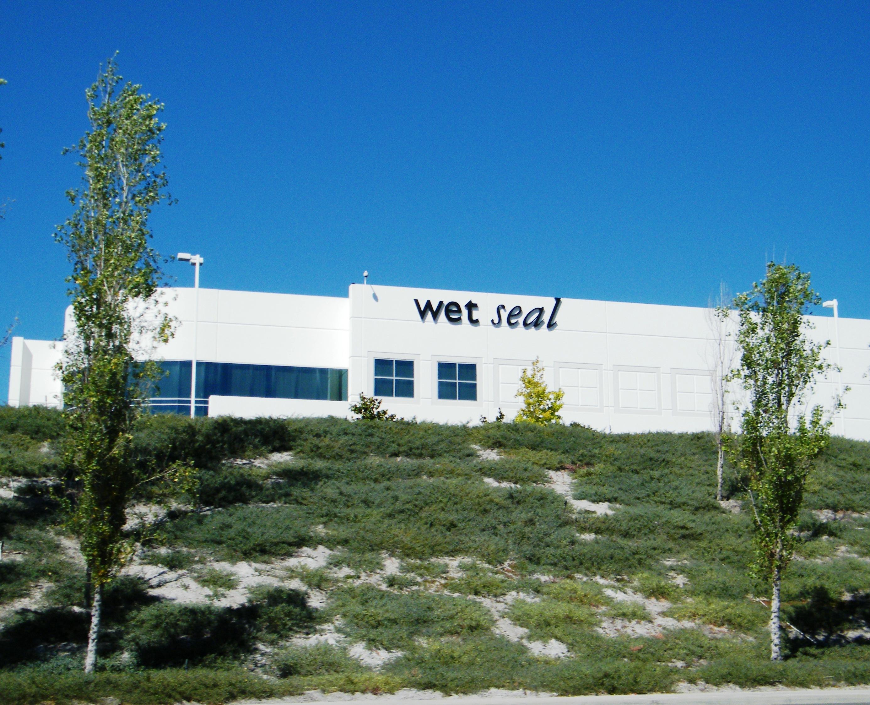 47dbb1f91ba Wet Seal - Wikipedia
