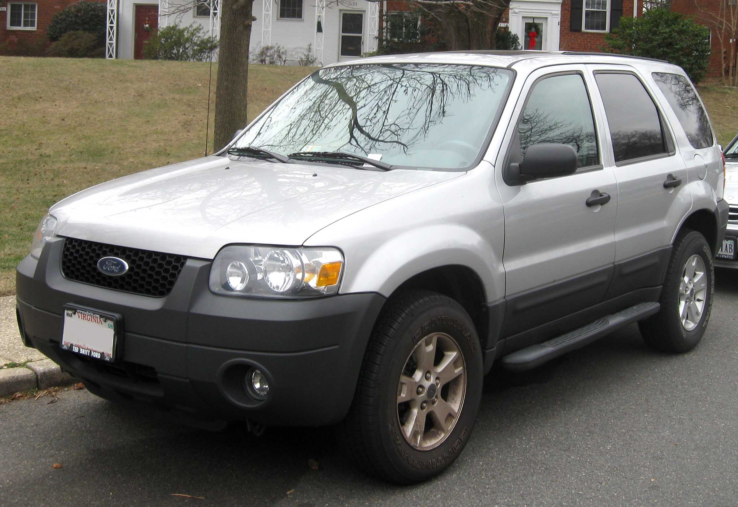 File:2005-2007 Ford Escape.jpg - Wikimedia Commons