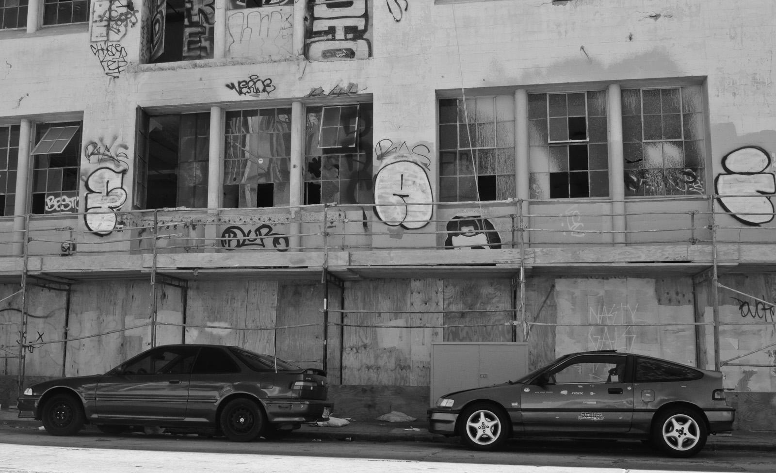 Honda Los Angeles >> File:Abandoned building, La Brea & Romaine, Los Angeles (7960324666).jpg - Wikimedia Commons