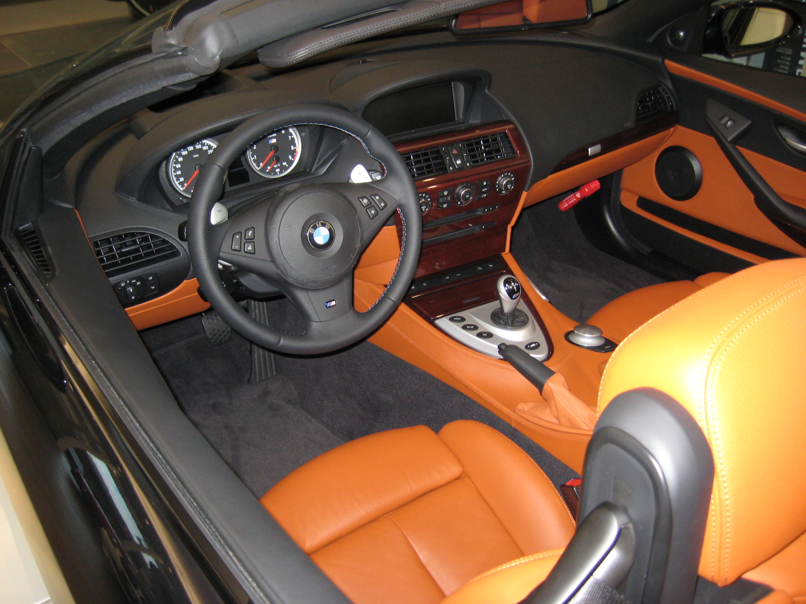 File Bmw E64 M6 Convertible Interior Jpg Wikimedia Commons