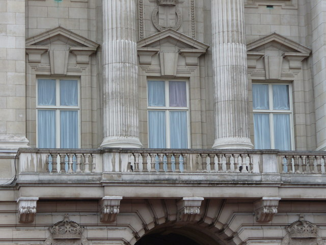 File buckingham palace balcony for Balcony history