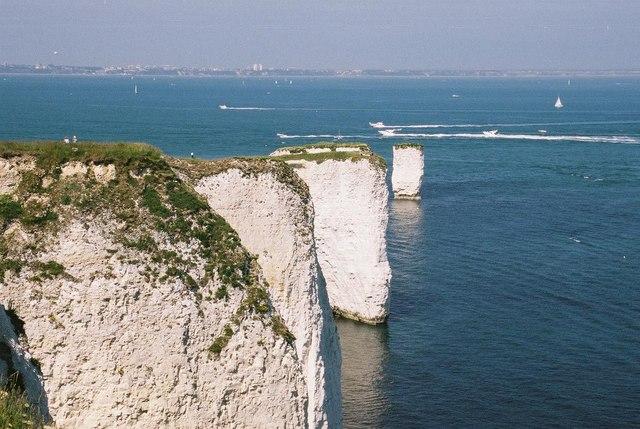 Chalk cliffs at Handfast Point - geograph.org.uk - 499630