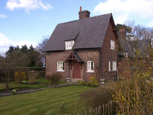 Cottage on Styal Estate Village - geograph.org.uk - 734167