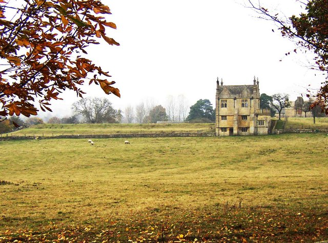 File:East Banqueting House Chipping Campden - geograph.org.uk - 1071863.jpg