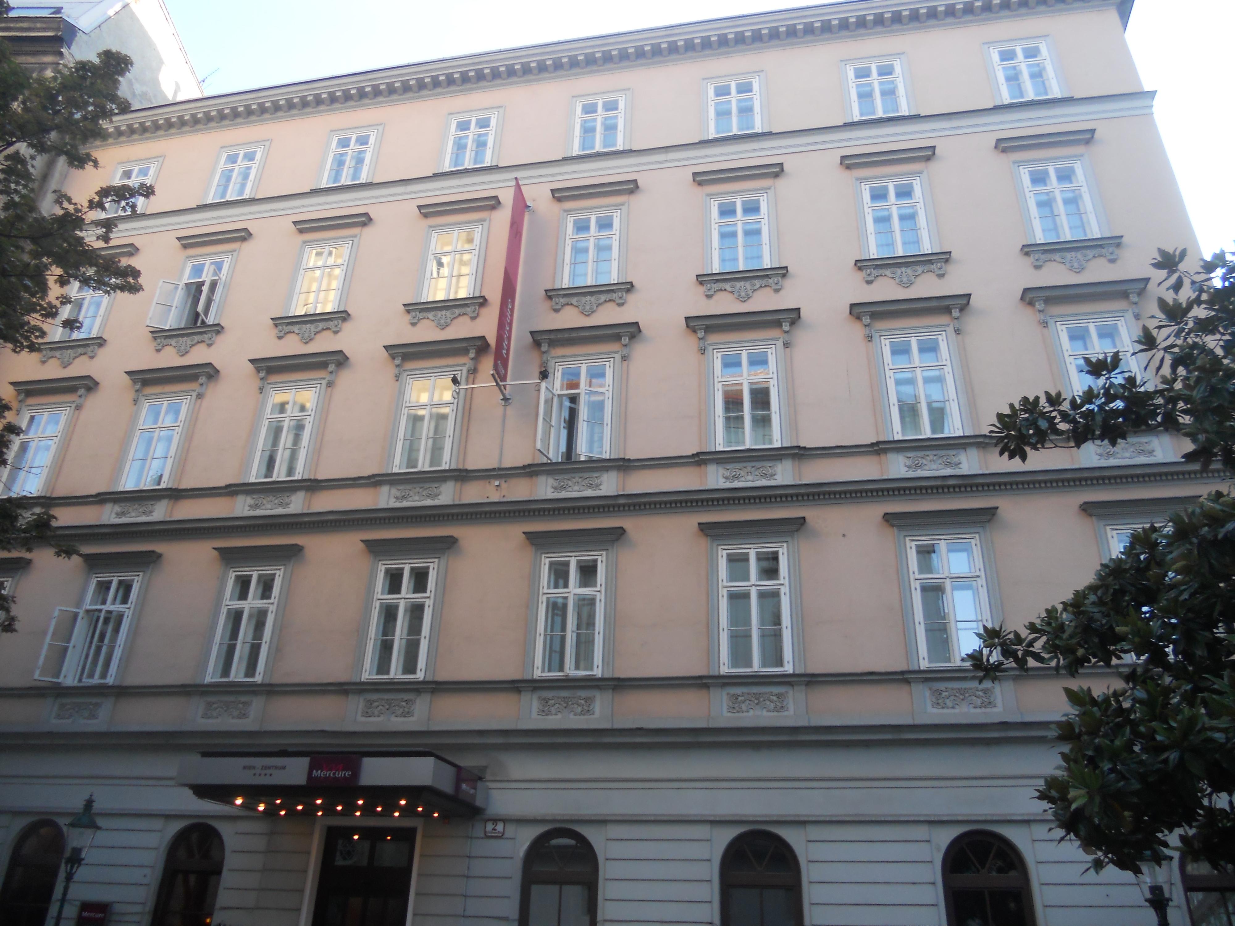 Friedmannplatz2.jpg