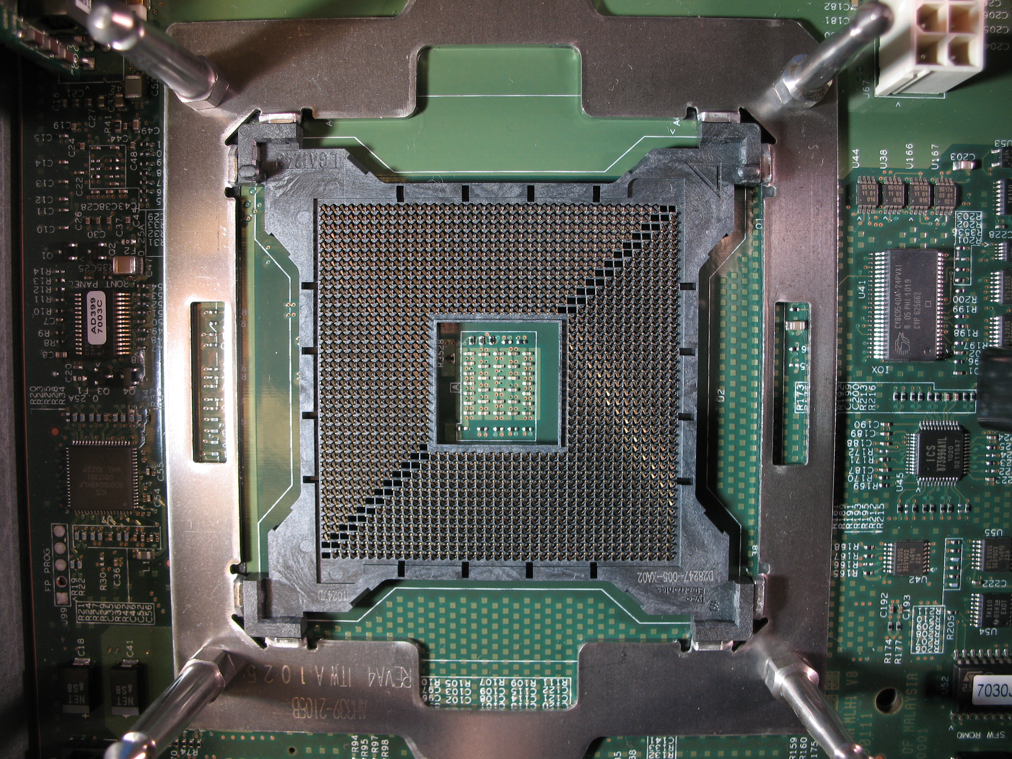 File:Intel Itanium 9300 Socket Intel LGA 1248.JPG