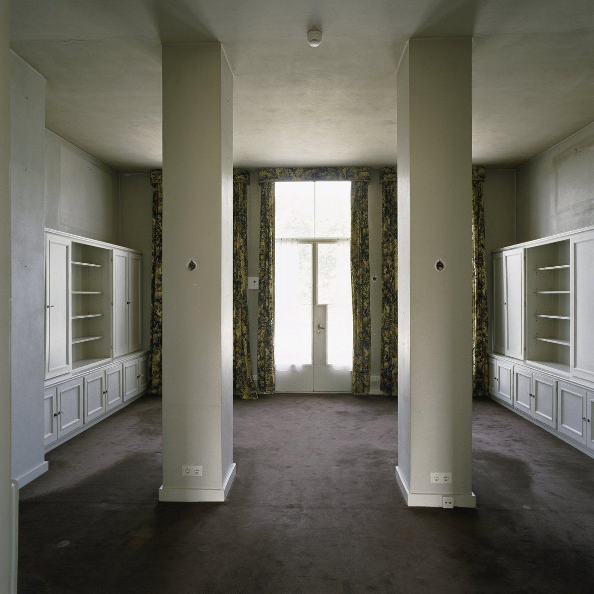 Bestand:Interieur, overzicht van de werkkamer van Zijn Koninklijke ...