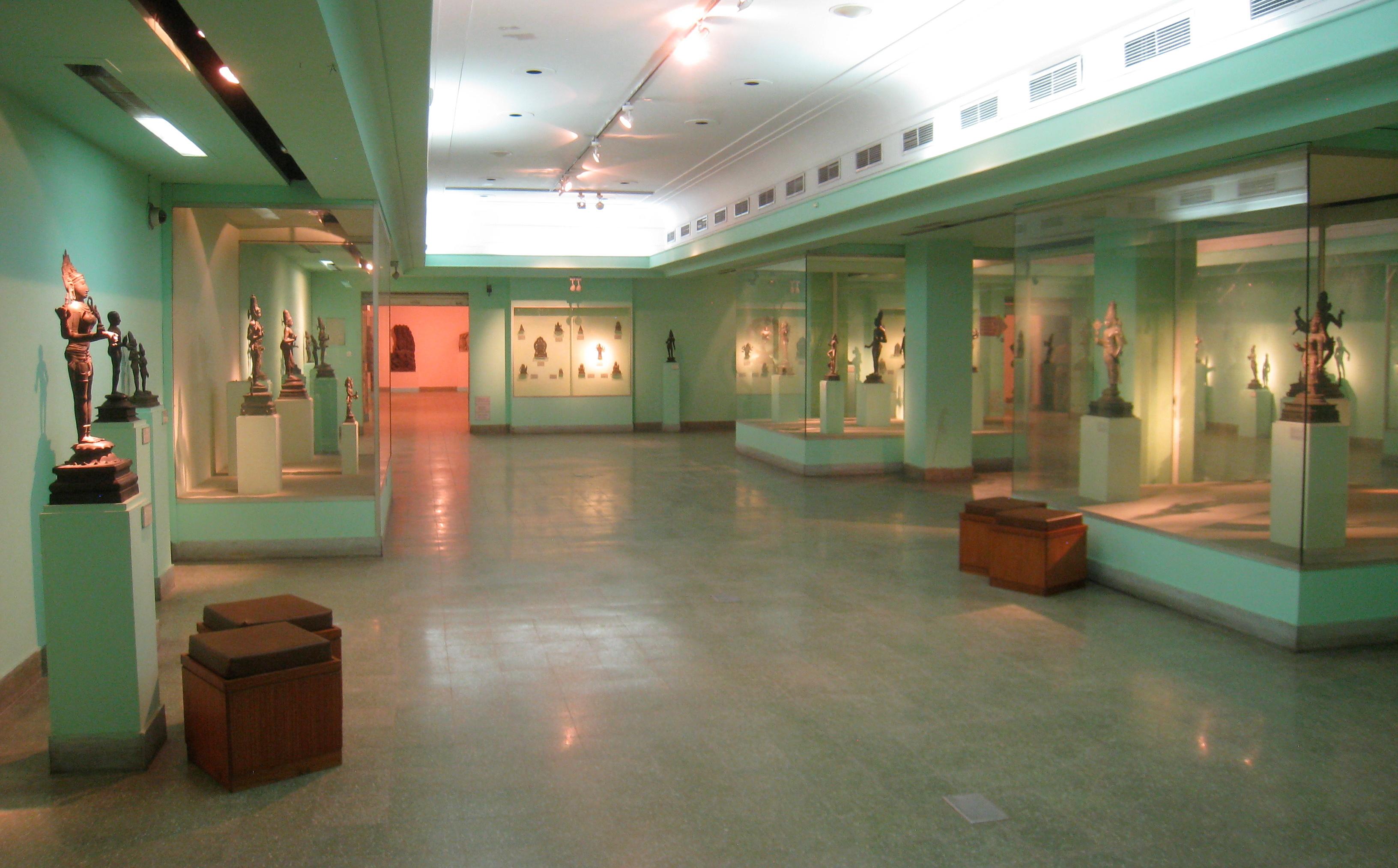 File:Interior view - National Museum, New Delhi - IMG 2206 ...