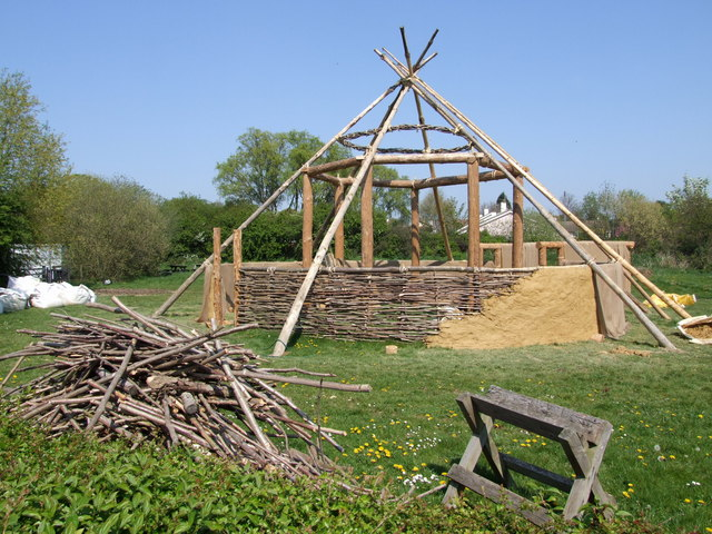 Iron-Age Roundhouse replica - geograph.org.uk - 1100805