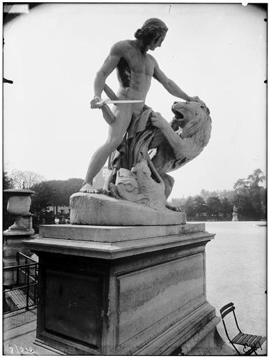 File jardin des tuileries statue d 39 alexandre le grand for Alexandre jardin le zubial